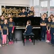 Ein neues Klavier für die Grund- und Mittelschule Bechhofen
